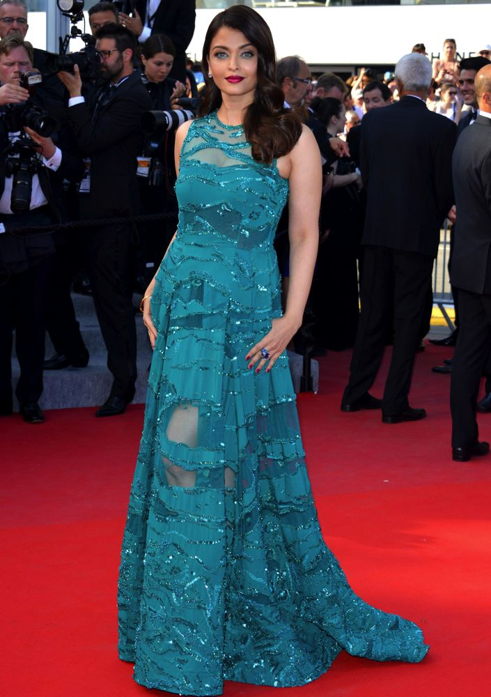 Best of Aishwarya Rai Bachchan at Cannes 2015 | Kalum Weera World