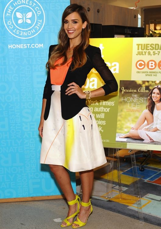Jessica Alba at a Book Signing for The Honest Life