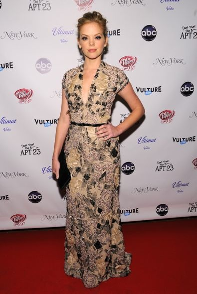 Dreama Walker at the Don't Trust the B---- in Apt 23 Premiere Party