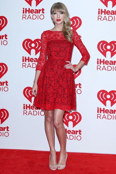 Taylor Swift at the iHeartRadio Music Festival 2012