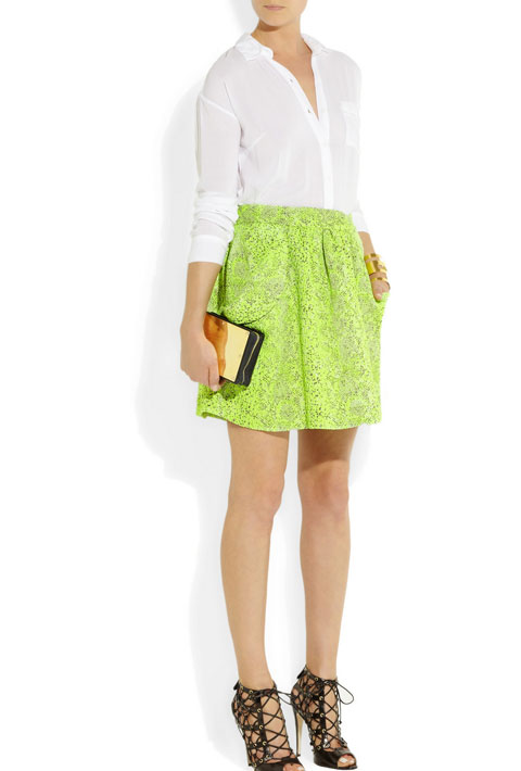 1. Balance neons with neutrals.