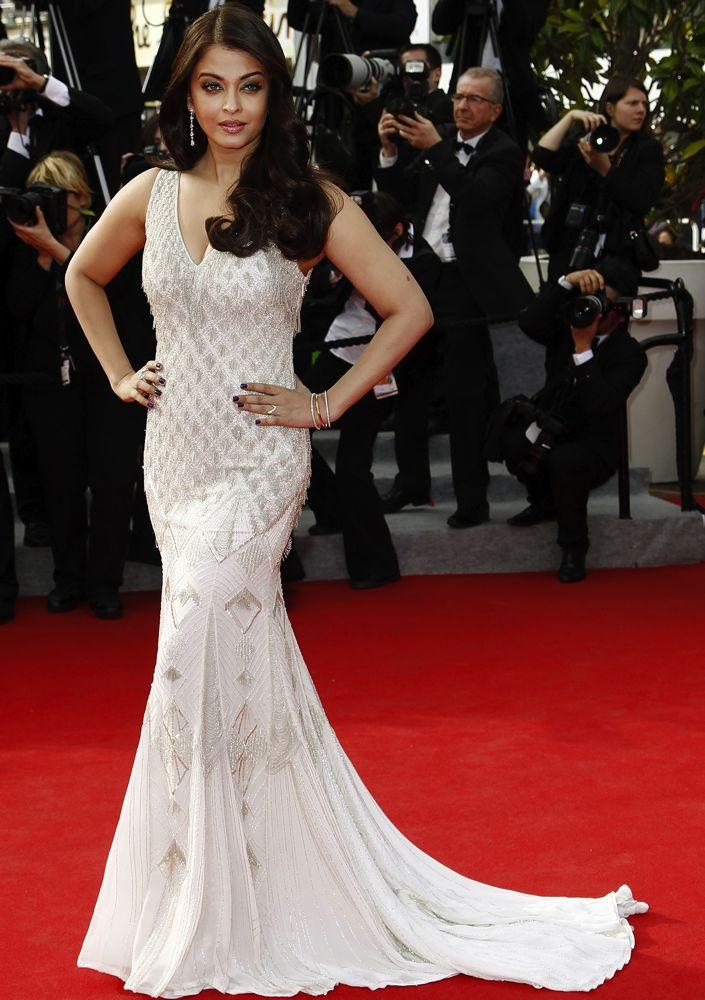 Aishwarya Rai Bachchan at the Premiere of The Search