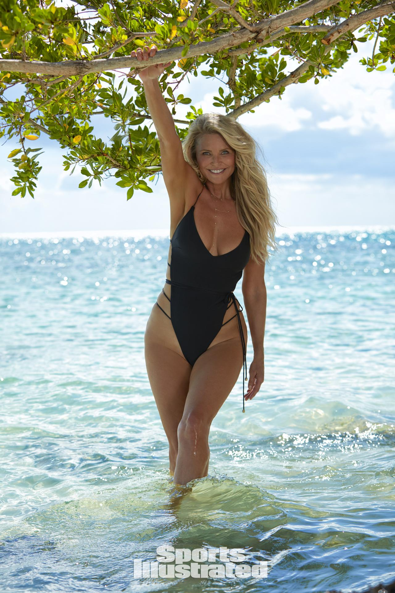 Christie Brinkley Posed for the 2017 'Sports Illustrated' Swimsuit Issue