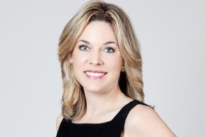 Dr. Elizabeth Tanzi