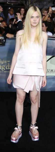 Elle Fanning, Space Woman