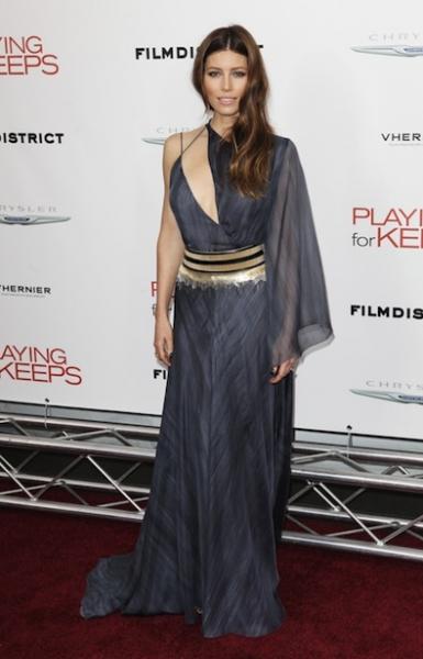Jessica Biel's Got Her Dress in a Tangle