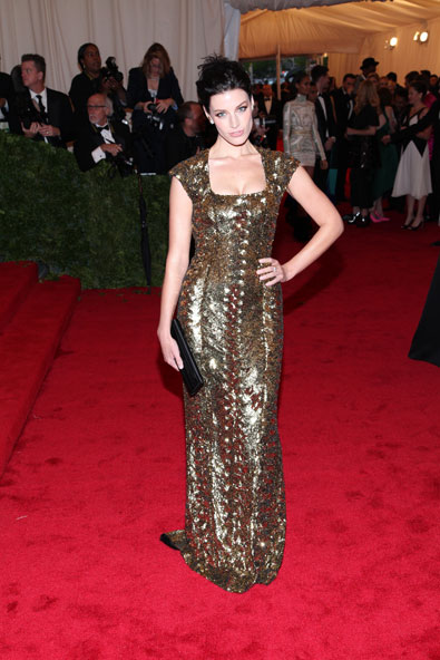 Jessica Pare in Valentino