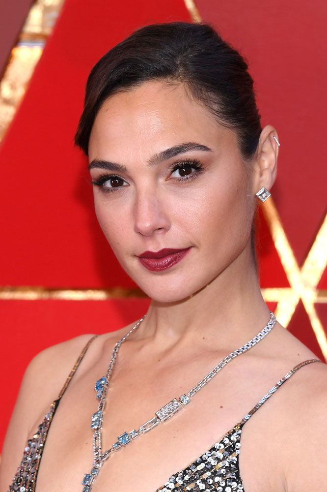 Best: Gal Gadot  The Best (and Worst!) Beauty Looks From the 2018 Oscars gal gadot