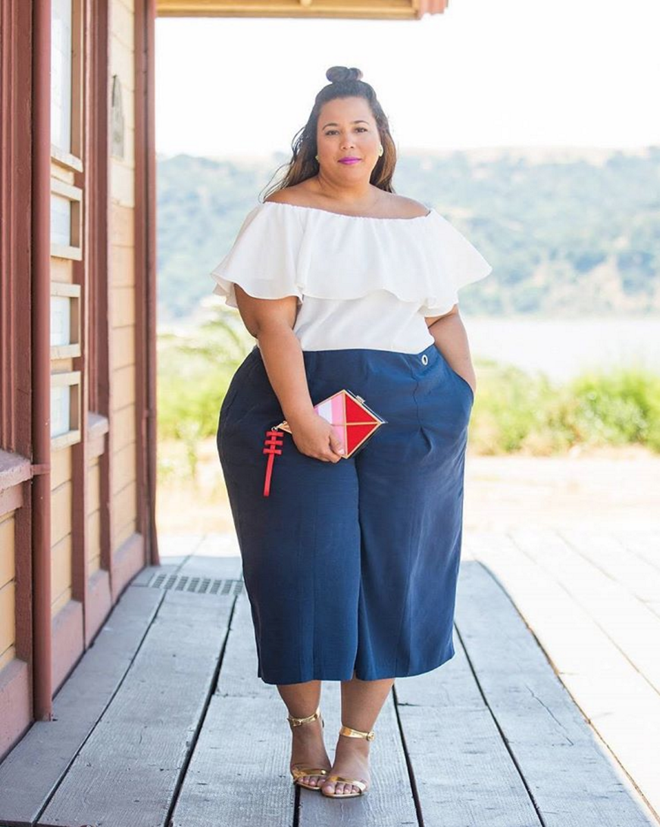 55489029e 20 Inspiring Summer Outfits Worn by Plus-Size Fashion Bloggers | The ...