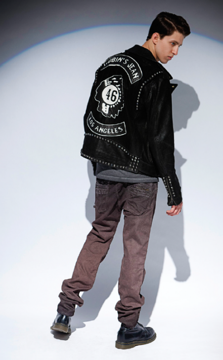 STURGIS JACKET IN BLACK, MOTORCYCLE CLUB TSHIRT IN HEATHER CHARCOAL AND MOTARD JEAN IN CHOCOLATE