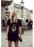 Wearing a Massive Tee Can Be Chic...
