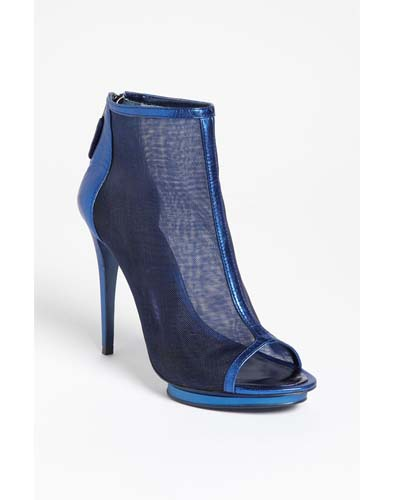 The Futuristic Shoe