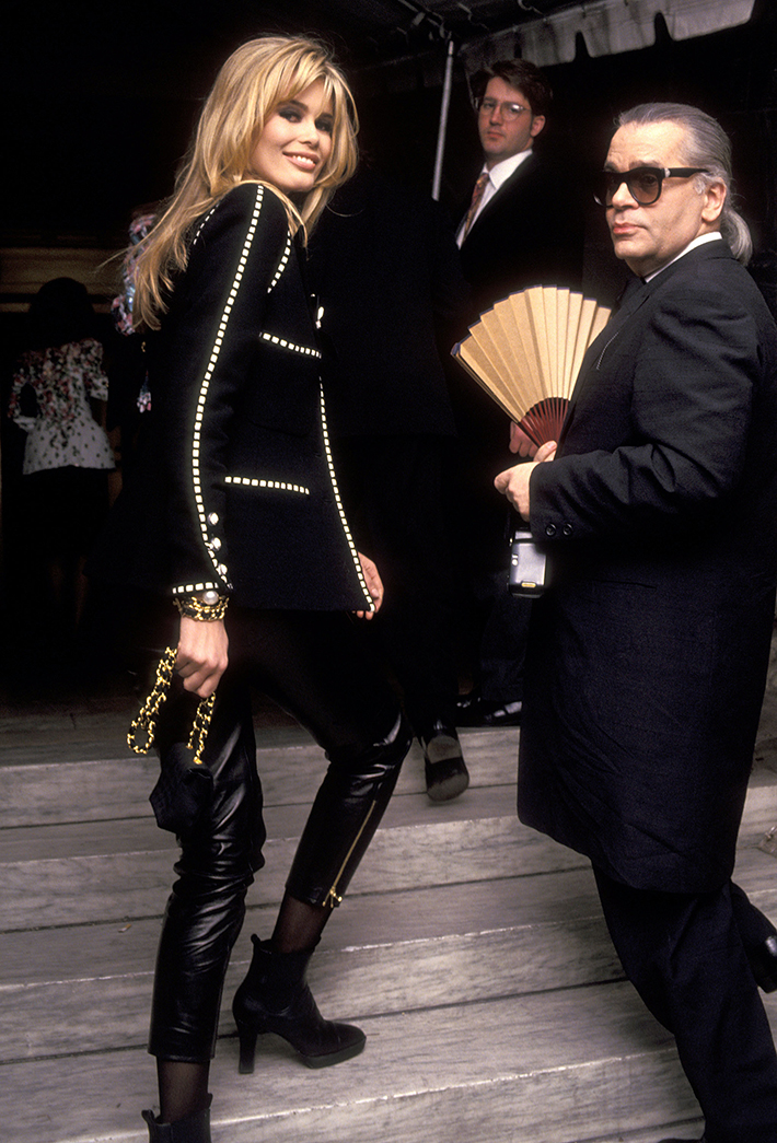 Claudia Schiffer and Karl Lagerfeld (1992)