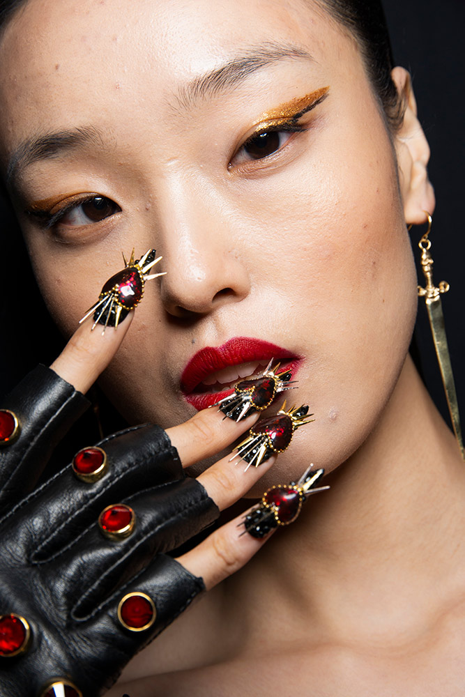 Fashion Nails Spa Mentor Home: 6 Nail Trends From The Spring 2019 Runways That'll Get You