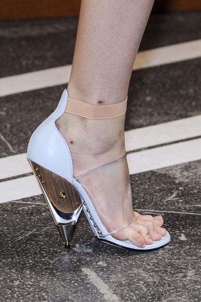 Givenchy Spring 2013: Avant Garde