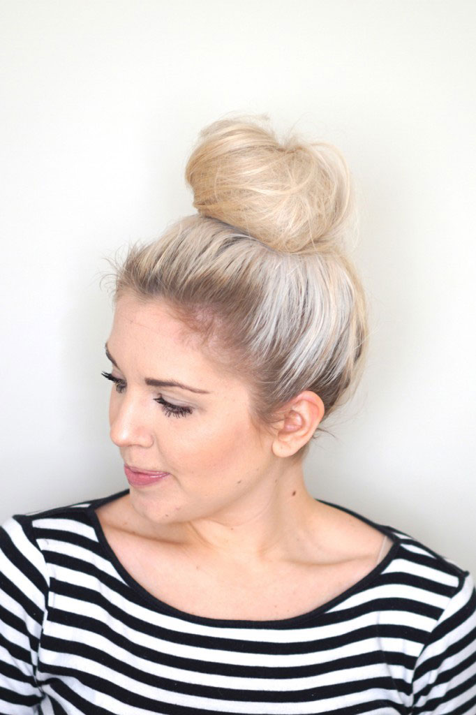 Excellent 8 Super Easy Updos For Beginners Thefashionspot Hairstyle Inspiration Daily Dogsangcom