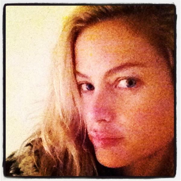 Carolyn Murphy Does the Kristen Stewart Hair Flip