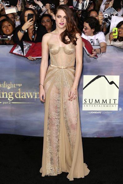 Kristen Stewart at the Los Angeles Premiere of The Twilight Saga: Breaking Dawn