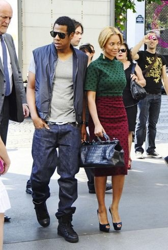 Beyonce Jay-Z Paris April 2011 cropped