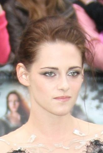 Kristen Stewart World Premiere of Snow White and the Huntsman London cropped