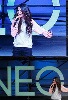 Selena Gomez Ignores Protesters at the Adidas NEO Show