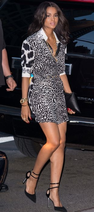 Ciara-on-the-streets-of-Manhattan-August-2013
