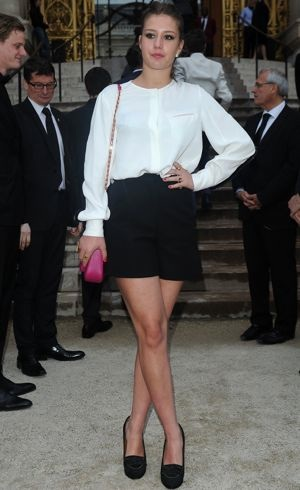 Adele-Exarchopoulos-The-Glory-Of-Water-Karl-Lagerfeld-Exhibition-Dinner-Paris-July-2013