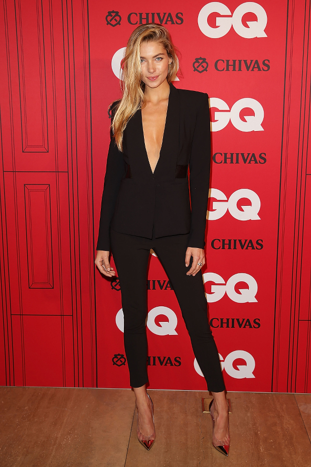 Jessica Hart Demonstrates The Easiest Work To Party Outfit