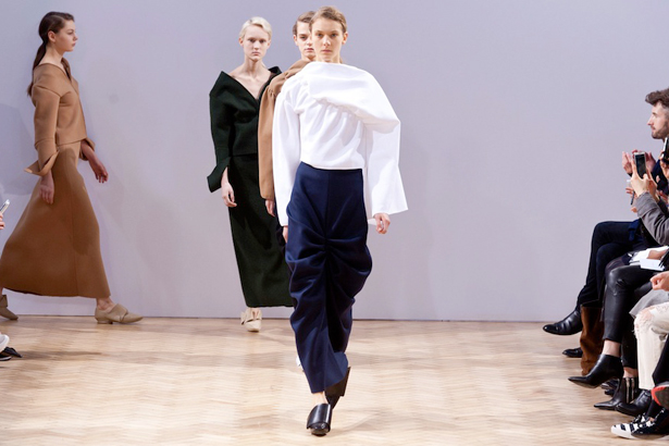 J w fall anderson runway review photo