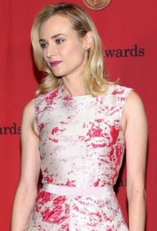 Diane Kruger Puts a Fresh Spin on the High-Low Trend in Giambattista Valli Couture