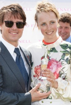 Edie Campbell Wins Goodwood in Vivienne Westwood
