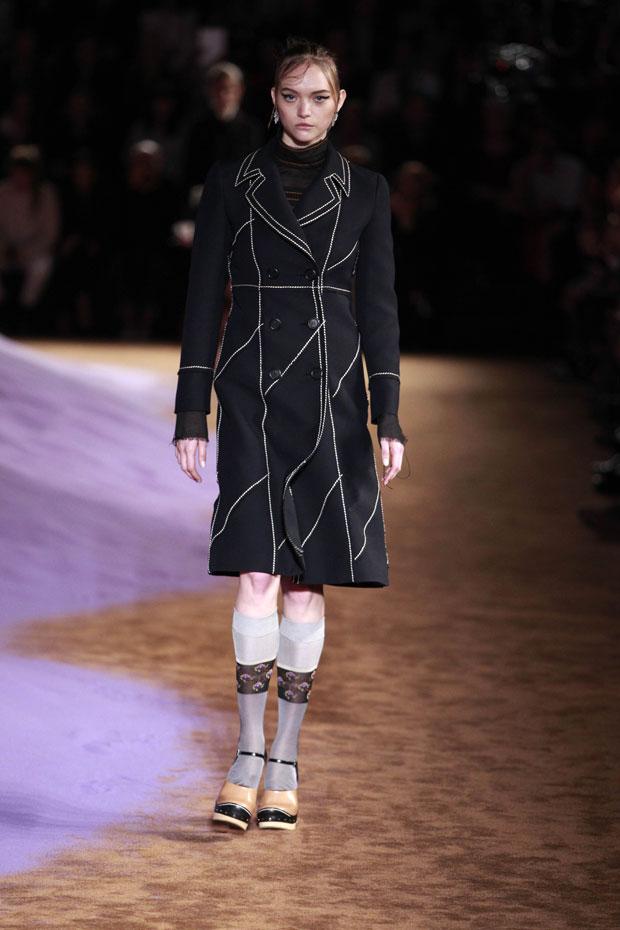 Gemma Ward Prada Spring 2015 show