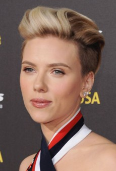 Scarlett Johansson Rocks a Refined Undercut and Romantic Makeup