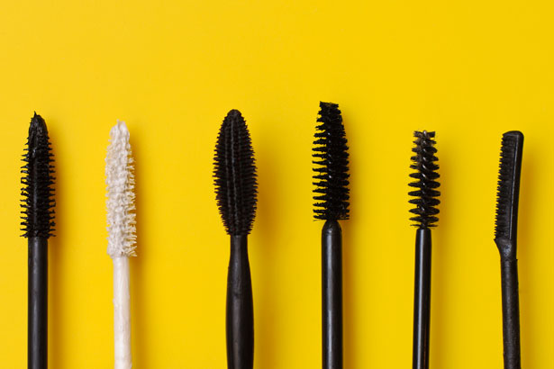 46060415863 Everything You Need to Know About Mascara Wands - theFashionSpot