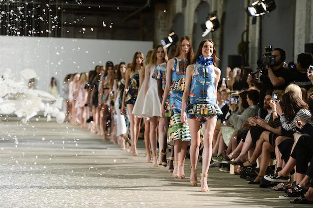 2015 Mercedes Benz Fashion Week Australia Schedule