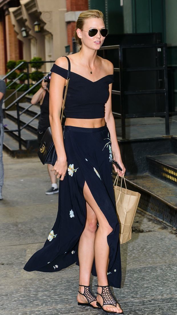 Karlie Kloss Visits Her Bff In A Skin Baring Look