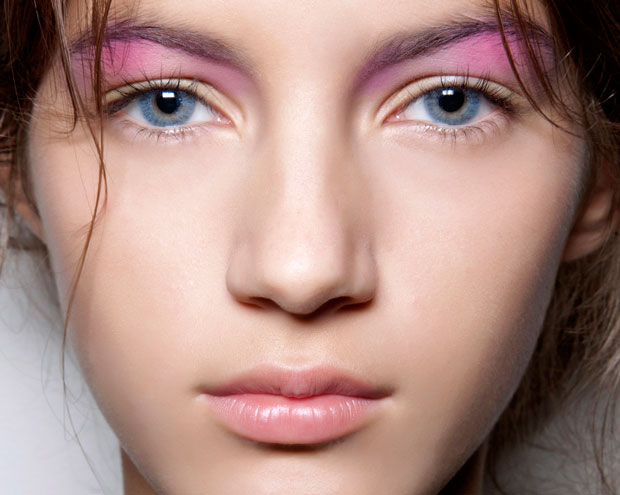 How To Wear Pastel Makeup Thefashionspot