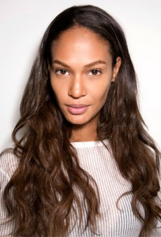 Here's What Happens to Hair When You Apply Biotin Topically