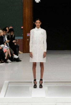 Hussein Chalayan's Spring 2016 Clothes Disappeared
