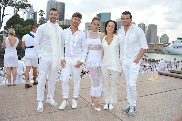 Look Inside Sydney s Secret All-White Dinner Party 8a4f4b8d8