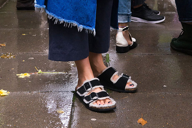 cozy fall sandals