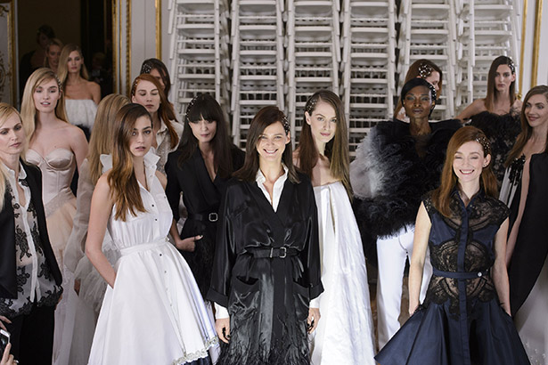 See all the Alexis Mabille Haute Couture Spring 2016 looks from the runway.