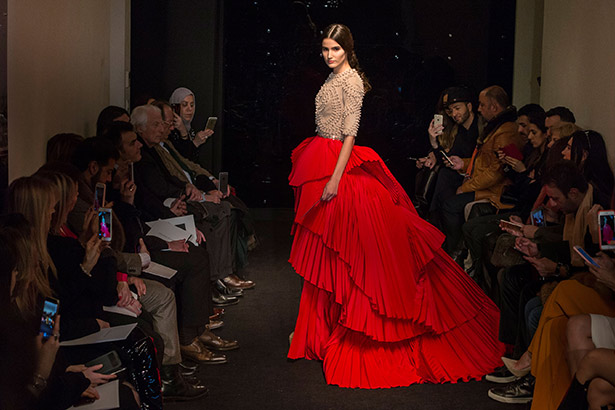 See all the Stéphane Rolland Haute Couture Spring 2016 looks from the runway.