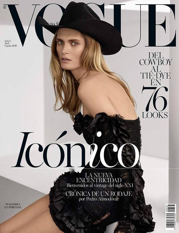 Vogue España April 2016 : Malgosia Bela by Miguel Reveriego