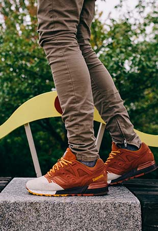 On October 21 at noon EST, New England-based shoe brand Saucony will release the Pumpkin Spice Grid SD, a limited-edition ode to the ubiquitous fall drink.