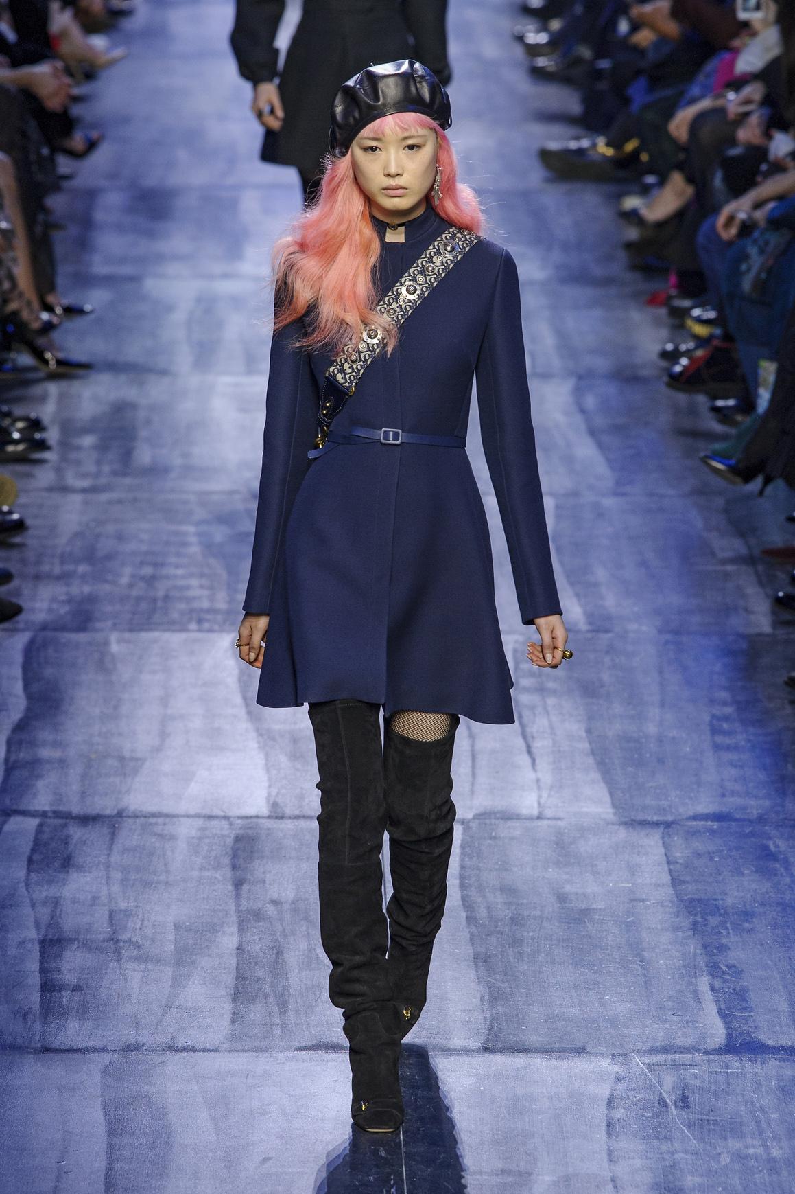 Fernanda Ly on the Christian Dior Fall 2017 runway.