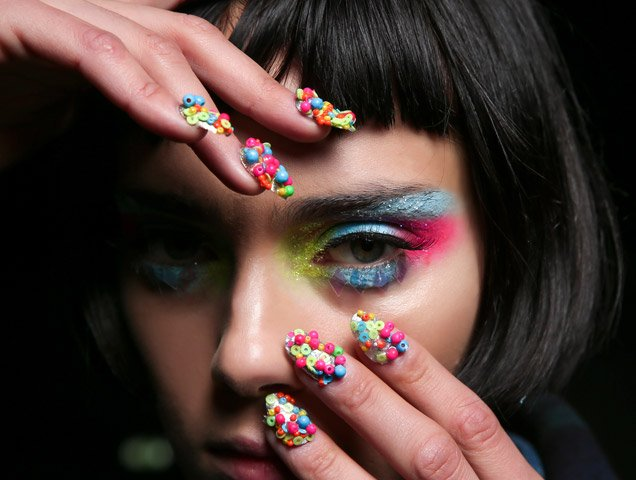How to Get Healthy Nails After Acrylics or Gel Manicures - theFashionSpot