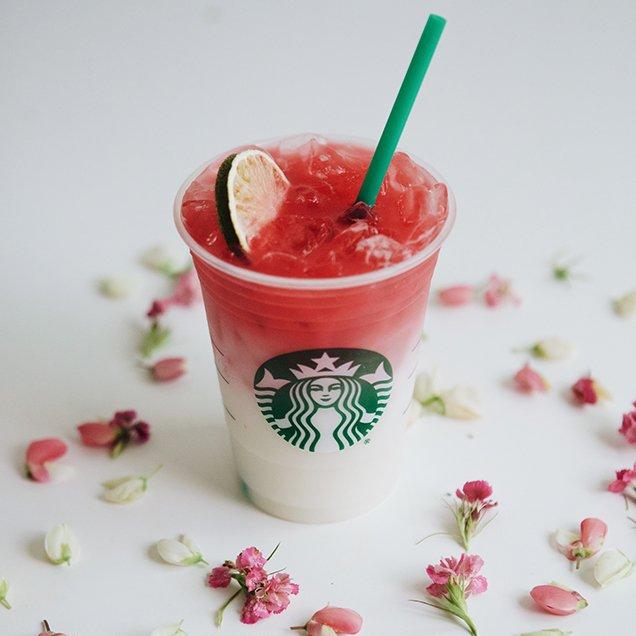 Starbucks' Ombré Pink Drink; Image: Starbucks