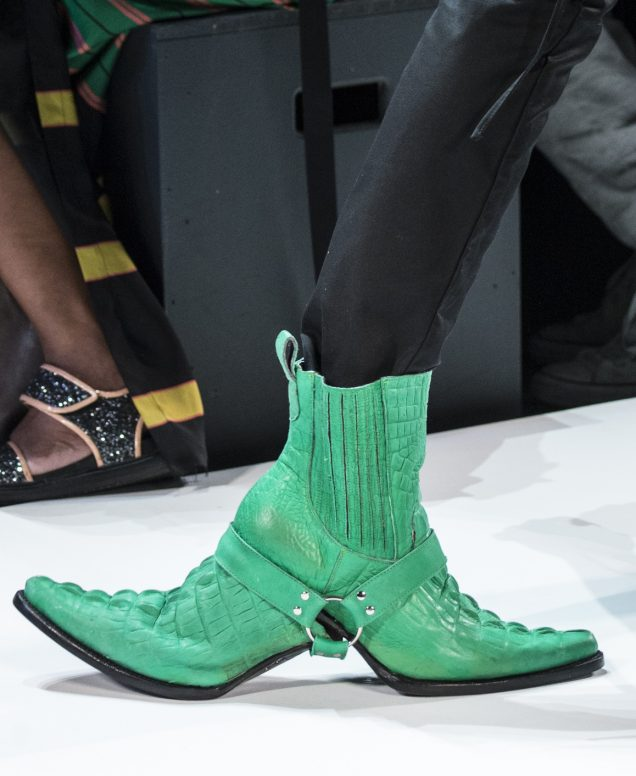 Ugly-chic shoes on the Hood By Air Spring 2017 runway.