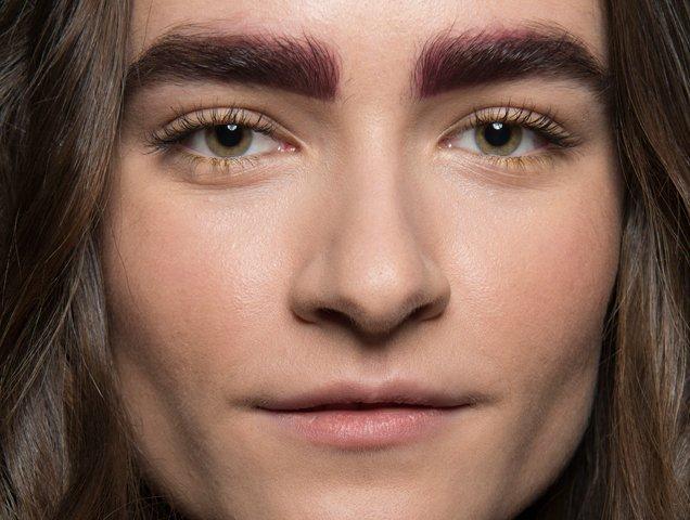 Subtle pink eyebrows at Bibhu Mohapatra Fall 2018